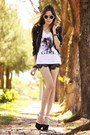 Black-goodnight-macaroon-shorts-white-ville-rose-t-shirt