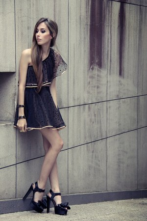 black miss patina dress
