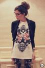 White-skull-twinne-t-shirt-black-floral-h-m-leggings