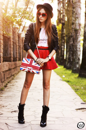 red Romwecom skirt - black Boda Skins jacket - white awwdore t-shirt