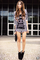 black striped Charry blazer - black 2dayslook t-shirt