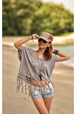 hat - denim shorts shorts - boho tribal top TWFS top