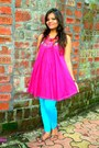 Turquoise-blue-tights-hot-pink-bag-maroon-flats-hot-pink-top