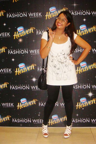 Terranova top - Topshop leggings - gojanecom shoes - HK purse - Abbey Dawn - sty