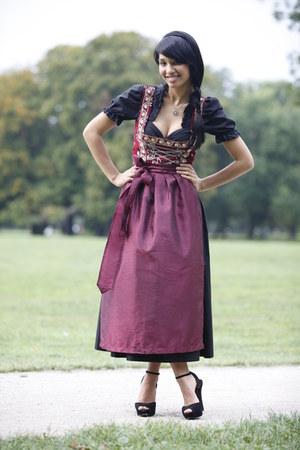 Dirndlfest dress