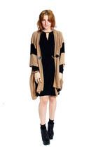 camel knit Michael Kors cape - black leather Miista boots