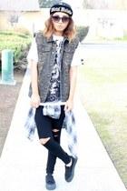 Metal Mulisha t-shirt - Target shoes - Metal Mulisha hat - DDs leggings