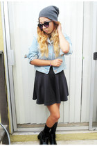 black skirt skirt - boots - grey beanie hat - denim jacket Levis jacket