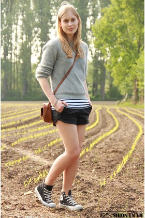 brown asos bag - silver Choies sweater - black Zara shorts - Converse sneakers