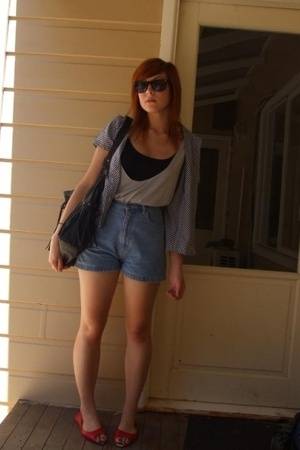 Secondhand shirt - supre top - V&amp;M top - vintage sportsgirl shorts - sportsgirl 