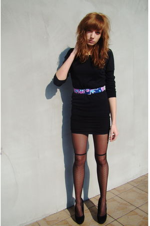 black SH dress