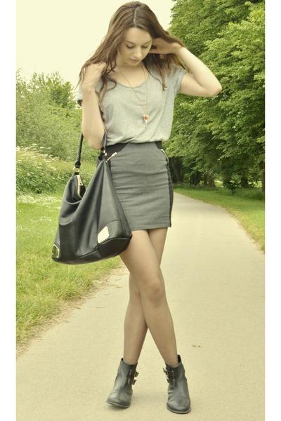 Mini Skirt HM Skirts Chelsea Boots Asos Bags