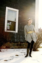 gray obey cardigan - gold vintage belt - black American Apparel leggings