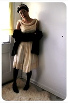 yellow vintage dress - black naturalizer shoes - gray tights - yellow Forever 21