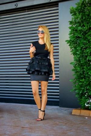 black sunnies zeroUV accessories - black Stradivarius skirt