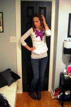 American Eagle shirt - Forever 21 scarf - vintage bracelet - Forever 21 earrings