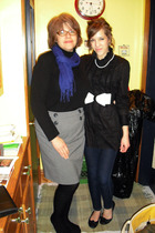 black blouse - white belt - white necklace - black shoes