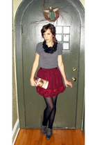 gray Wet Seal shirt - black Forever 21 necklace - red Forever 21 skirt - gray sh