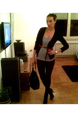 cardigan - leggings - shirt - belt