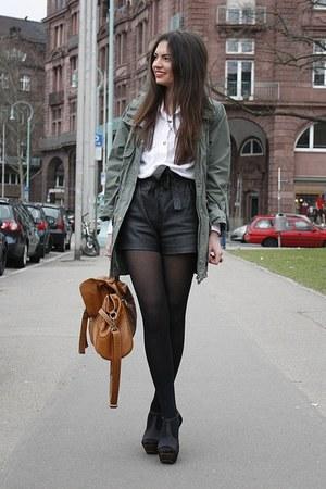 green Primark jacket - tawny Ebay bag - black vintage shorts - black Nellycom he