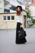 black H&M skirt - heather gray Zara sweater