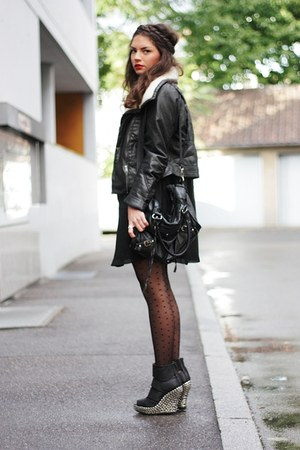black Jeffrey Campbell wedges - black H&M jacket