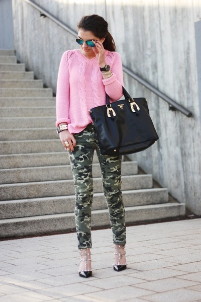 prada green nylon bag - Bubble Gum Primark Sweaters, Black Prada Bags, Dark Green Pimkie ...