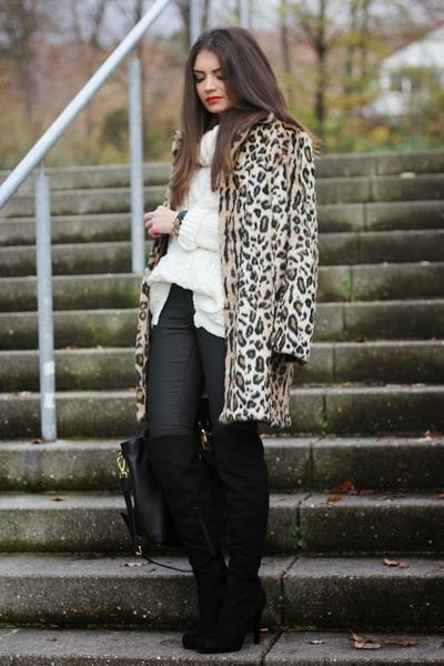 black catwak boots