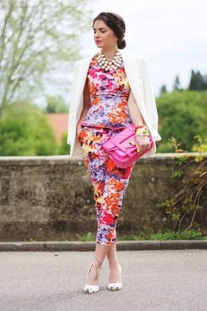 hot pink lookbookstore bag