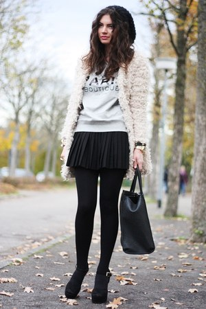 nude Romwecom coat - silver Mango sweater - black Steve Madden sandals