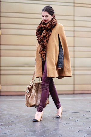 camel Nelly cape - camel Zara bag - black Zara pumps - brick red Oasis pants