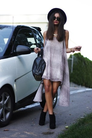 About Wloise dress - asos boots