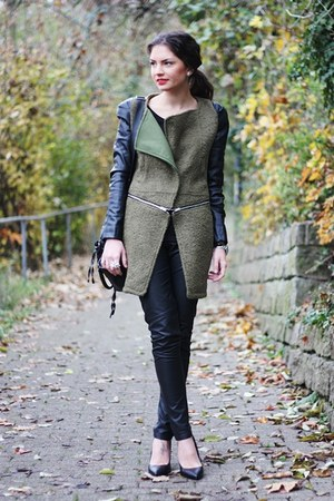 dark green romwe coat - black H&M pants