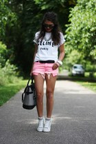 hot pink Zara shorts - black ray-ban sunglasses - heather gray Pimkie sneakers