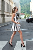 gold asos ring - white Zara dress - white Choies bag - brown Ray Ban sunglasses