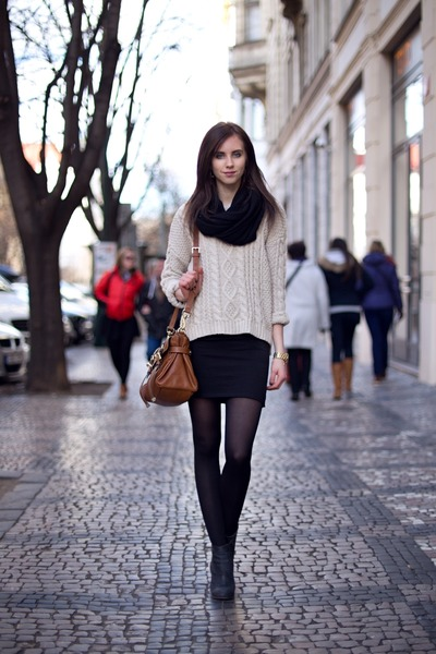 black H&M tights - charcoal gray Jeffrey Campbell boots