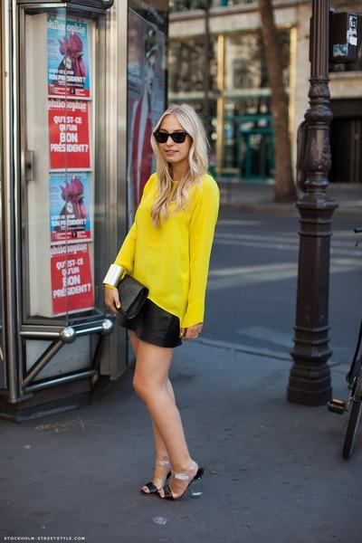 yellow Zara sweater
