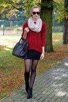 black vagabond boots - brick red Chicwish sweater - beige H&M scarf