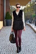 black romwe vest - black vagabond boots - maroon Topshop jeans