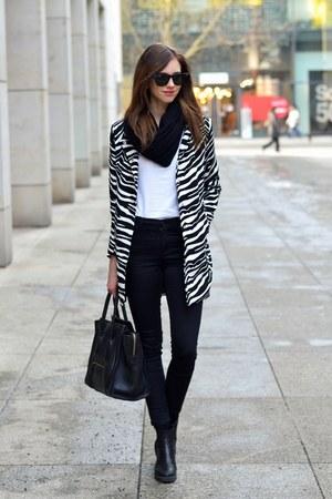 off white Choies jacket - black vagabond boots - black Topshop jeans