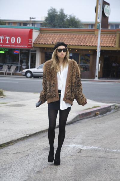 black H & M skirt