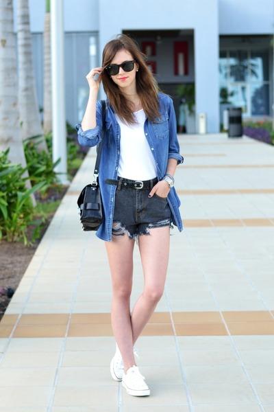 white Converse sneakers - black PROENZA SCHOULER bag - gray Choies shorts