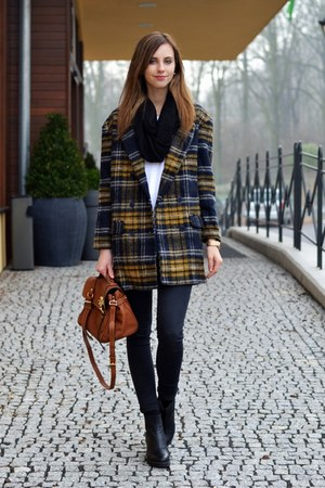 black vagabond boots - yellow Choies coat - black Topshop jeans