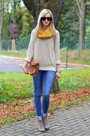 mustard H&M scarf - tan sam edelman boots - navy Topshop jeans