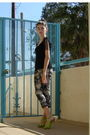 Black-forever21-top-gray-macys-jeans-green-bakers-shoes