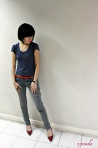 navy random top - red random belt - red SM Elegance shoes - jeans