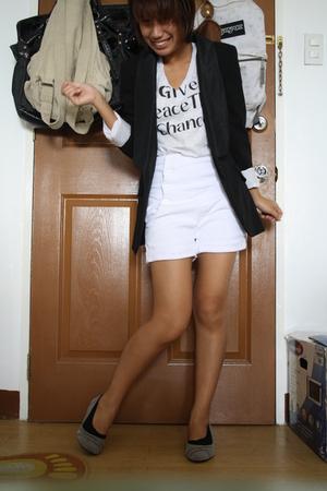 Zara blazer - Uniqlo t-shirt - 168 shorts - 168 shoes