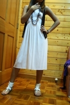 white 168 Divisoria dress - white People are People shoes - black Mango vest