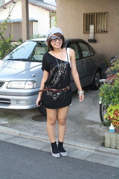 from Korea hat - Forever21 top - belt - 168 shoes
