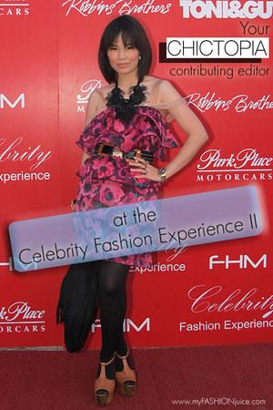 Lanvin  H&M dress - medallion tote Chanel bag - dany Jessica Simpsonpson clogs -